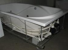 Ванна на металлическом каркасе