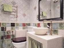 Сочетание серых оттенков ванной с другими цветами