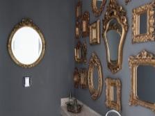 Необычные украшения для серой ванной комнаты