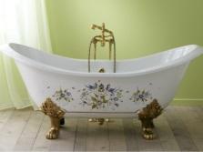 Ванна из чугуна в классическом стиле