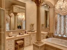 Функциональные туалетные столики для ванной