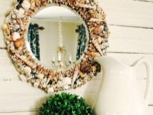 Зеркало с ракушками - ванная в морском стиле