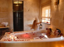 Большая ванна для двоих