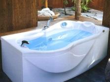 Акриловые ванны Италия