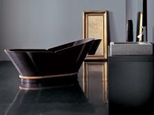 Черная деревянная ванна итальянского производства