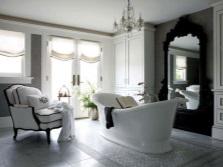 Современная ванна производства Италии стилизованная под старину