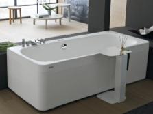 Ванна стандартных размеров производства Италии