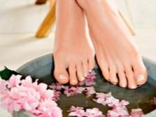 Ванна для ног с эфирными маслами