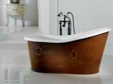 Винтажная чугунная ванна