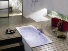 Интегрированная ванна с удобным доступом к комуникациям