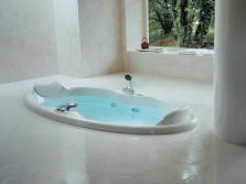 Интегрированная овальная ванна