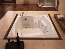 Встраиваемая гидромассажная ванна