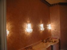 Декоративная штукатурка в оформлении стен ванной комнаты