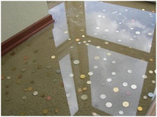 Эпоксидный пол с монетами