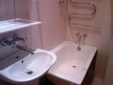 Сантехника в бюджетную ванную комнату