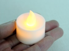 Светодиодная свеча для ванны