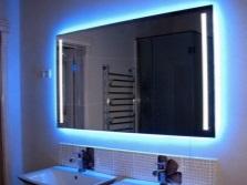 Зеркало для ванной с подсветкой
