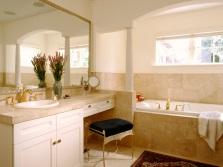 Красивая мебель в дизайне ванной комнаты