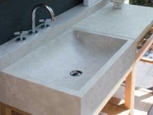 Мраморная раковина в ванную комнату