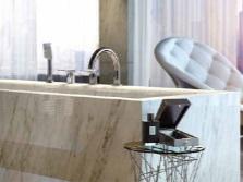 Смеситель с длинным изливом на борт ванны