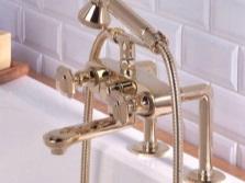 Смесители для ванной с двумя вентилями