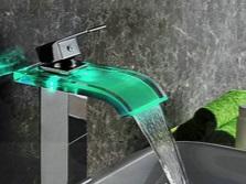 Преимущества однорычажных смесителей для ванной