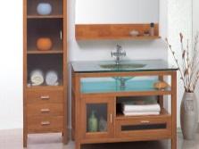 Раковина с тумбой из комбинированного материала в ванную комнату