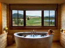 Достоинства металлической ванны