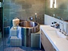 Особенности выбора ванны из металла