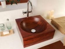 Накладная раковина из массива дерева для ванной