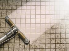 Рекомендации по уходу за плиткой в ванной