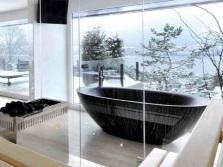 Овальная ванна и подходящий для неё дизайн ванной комнаты