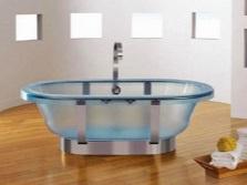 Расположение прозрачной ванны