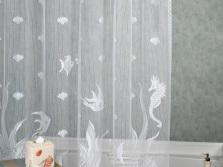 Шторка тюль из ткани в ванную комнату