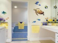 Роспись стен в ванной без трафарета