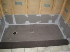 Подготовка слива и поверхности пола для установки душевой кабины с низким поддоном