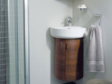 Подвесная мини-тумба под умывальник в ванной