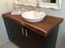 Большая напольная тумба 120см цвета венге с умывальником на столешнице из натурального дерева для ванной комнаты
