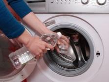 Редкое использование моющих средств на основе хлора - профилактика против плесени в стиральной машине