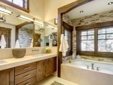 дизайн ванной комнаты бежево-коричневой
