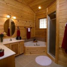 Ванная и душ в деревянном доме