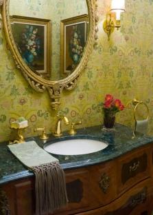 Оригинальное зеркало для ванны с антикоррозийным покрытием