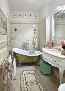 Изящный столик для ванной
