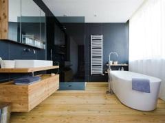 Деревянный пол в ванной - особенности и монтаж