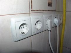 Розетки в ванной комнате - правила выбора, установки и монтажа