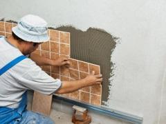 Выравнивание стен в ванной под плитку