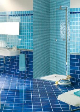Сине-голубая ванная