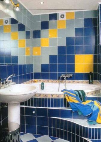 Угловые ванны для маленькой площади
