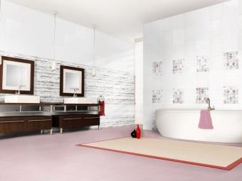 Белый кафель в ванной