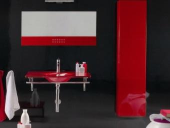 Сочетание отделки ванной комнаты и мебели